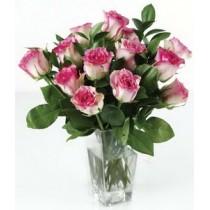 Buchet cu 13 Trandafiri roz