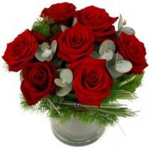 Buchet cu 7 roze rosii