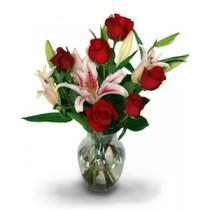Crini si Trandafiri in vaza