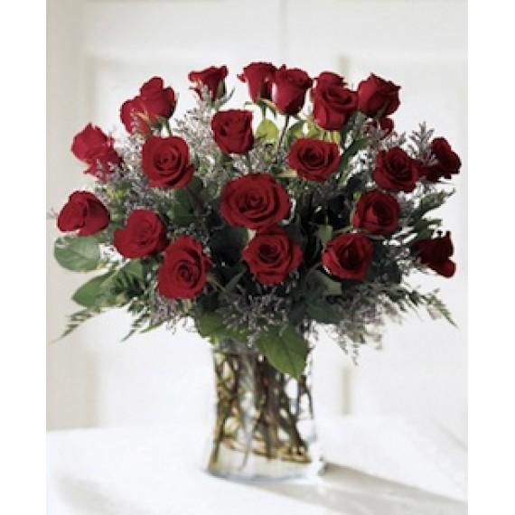 23 Trandafiri rosii in vaza